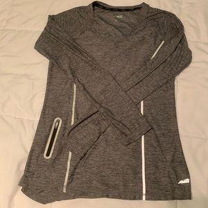 Long sleeve athletic top